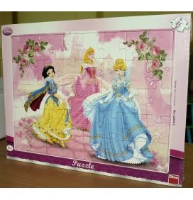 Puzzle Alba ca Zapada, Cenusareasa si Frumoasa Adormita